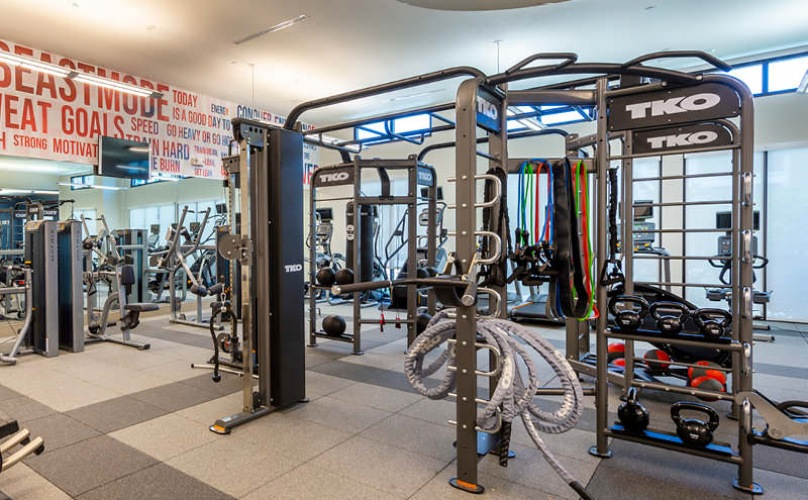large, well lit fitness center