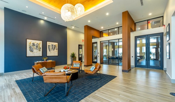 open concept clubhouse with seating area